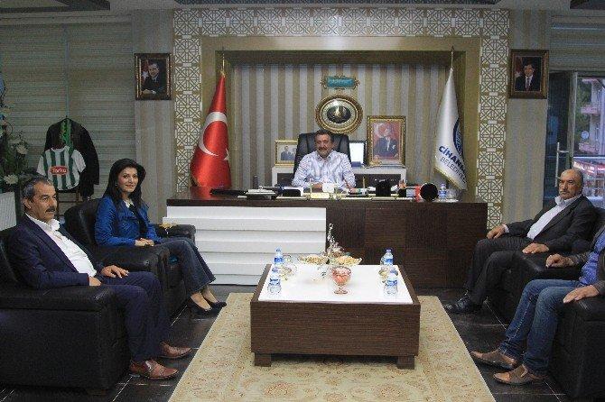 Ayşe Türkmenoğlu'ndan Başkan Kale'ye Ziyaret