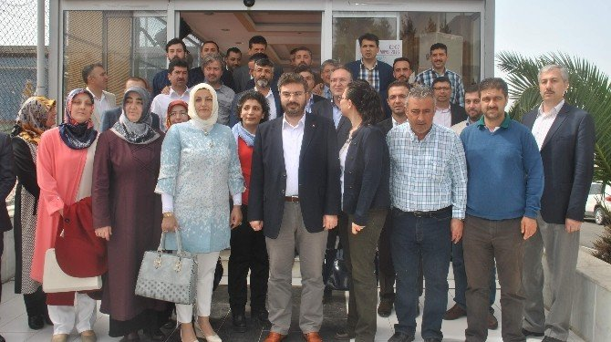 AK Parti Aydın İl Teşkilatının Yeni Yönetimi Basınla Bir Araya Geldi