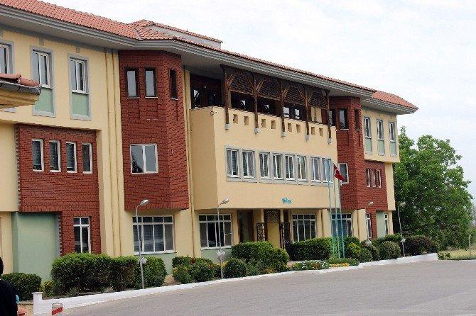 Ekonomi Eski Bakanı Zeybekci'nin Fabrikası Soyuldu