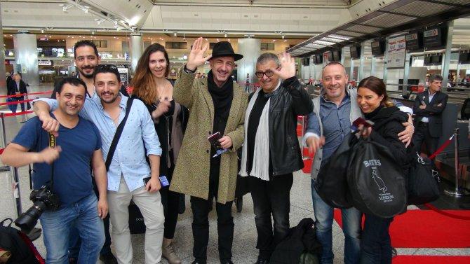 Türk şarkıcı, Eurovision için yola çıktı