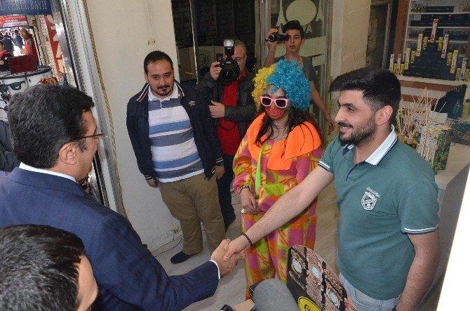 Gümrük Ve Ticaret Bakanı Bülent Tüfenkci Esnafı Ziyaret Etti