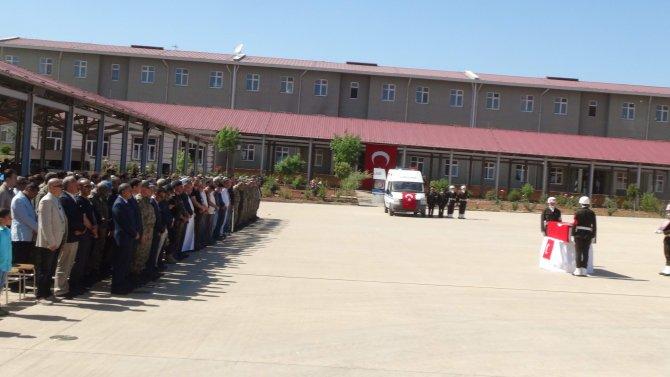 Şehit yüzbaşının cenazesi gözyaşlarıyla memleketine uğurlandı