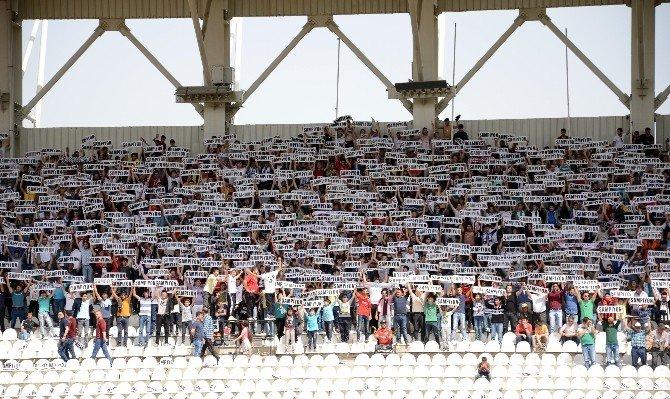 Manisaspor Şampiyon Olarak PTT 1. Lig'e Yükseldi