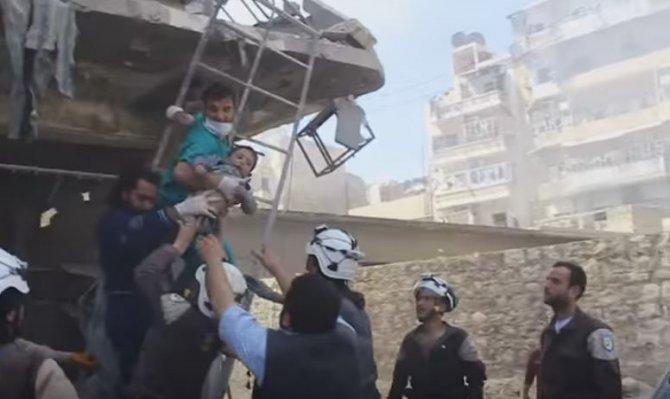 Esed ve Rus bombardımanında 7 günde 43'ü çocuk 244 sivil öldü