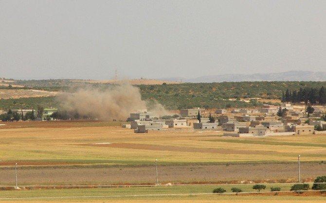 Suriye Sınırında Daeş'e Ait Hedefler Obüslerle Vuruldu