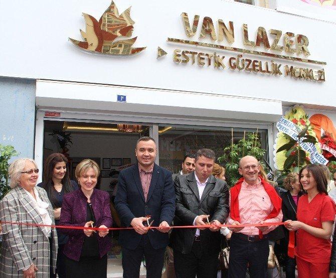 Van'da Estetik Güzellik Merkezi Açılışı