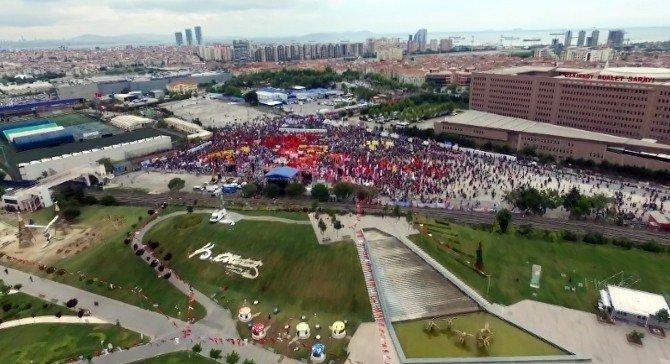 Bakırköy'deki 1 Mayıs Kutlaması Havadan Görüntülendi