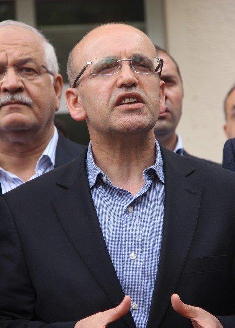 Başbakan Yardımcısı Mehmet Şimşek, Yaralıları Ziyaret Etti