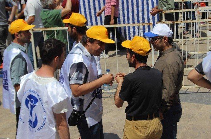 Aydın'da Polis Yürüyüşe İzin Vermedi