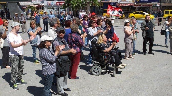 Burhaniye'de 1 Mayıs Coşkusu
