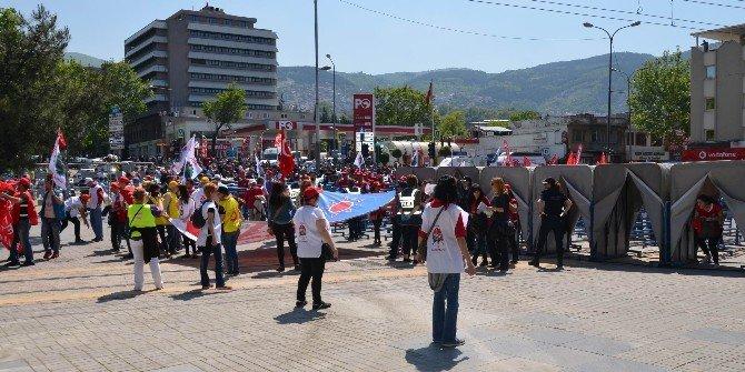 Bursa'da İşçiler Kendi Bayramlarını Yaşayamadı