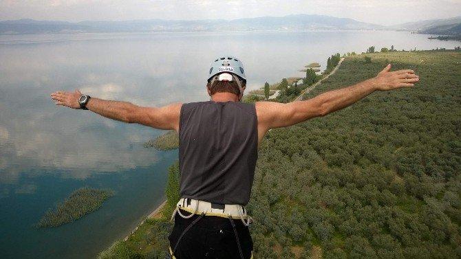 Bursalı Dağcılar Ölümüne Tırmandı