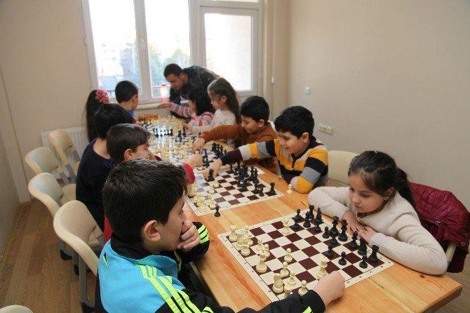 Odunpazarı'na Dört Halk Merkezi Daha Açılacak