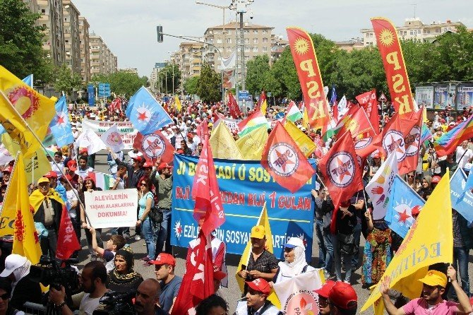 Diyarbakır'da 1 Mayıs Kutlaması