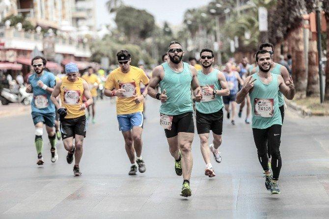 Koşamayanlar İçin Koşacaklar