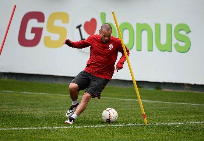 Galatasaray, ÇAYKUR Rizespor Maçı Hazırlıklarını Sürdürüyor