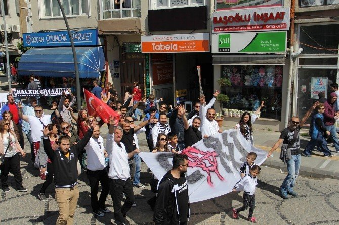 Lüleburgaz'da 1 Mayıs Coşkusu