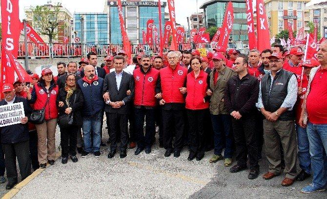 Bakırköy'de Gruplar Kortej Halinde Alana Gelmeye Başladı