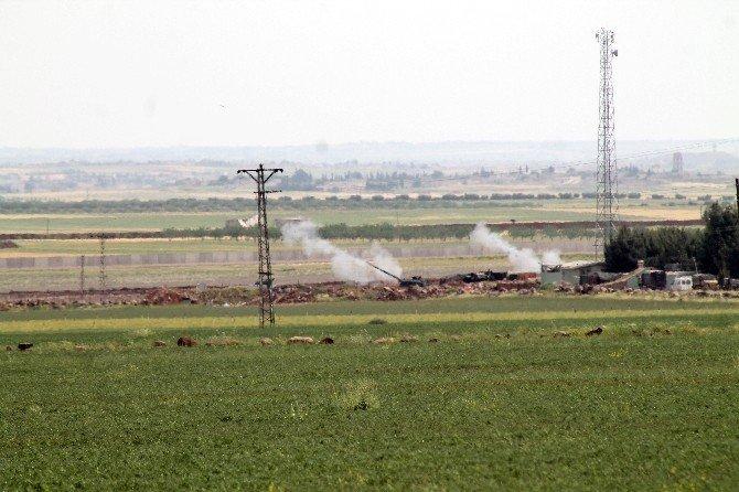 Fırtına Obüs Topları IŞİD Mevzilerini Vuruyor