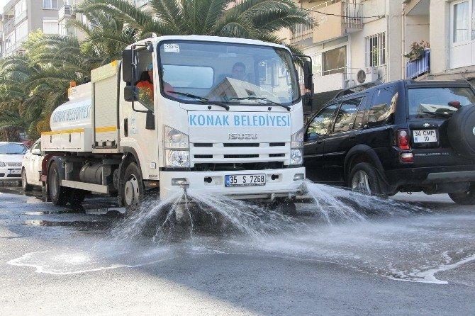 Konak'ta Sokaklar Pırıl Pırıl