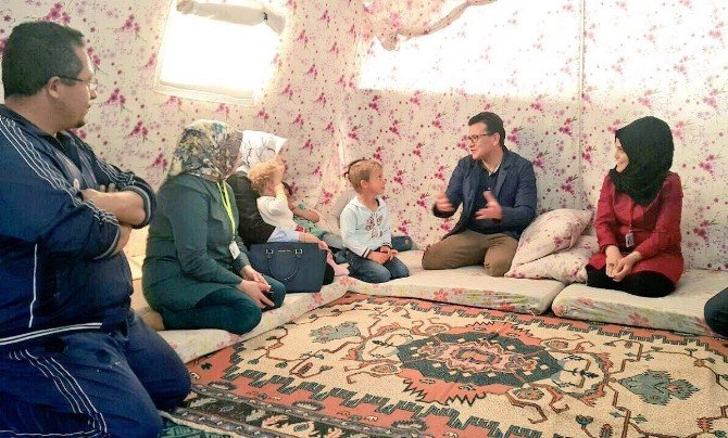 """Mülteci Hakları Komisyon Başkanı Uslu: """"Batı Çok Konuşup, Az İş Yapıyor"""""""