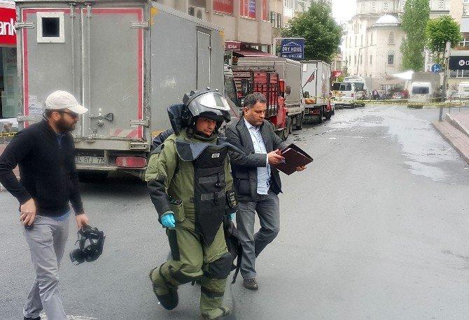 Mecidiyeköy'de Şüpheli Çantadan Havai Fişek Çıktı