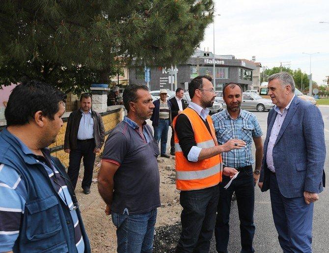 Başkan Toçoğlu Ünal Ozan Caddesindeki Çalışmaları İnceledi