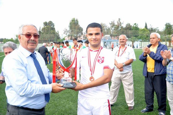 U17 Futbol Türkiye finalleri tamamlandı: Antalya Muratpaşa Belediyespor şampiyon