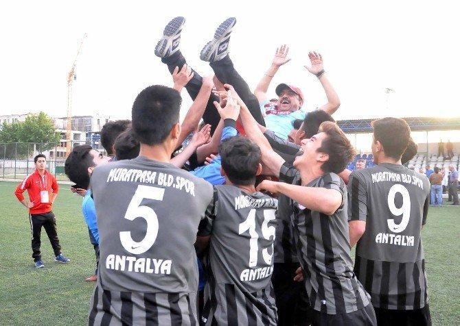 U17 Futbol Türkiye Finalleri Adana'da Tamamlandı
