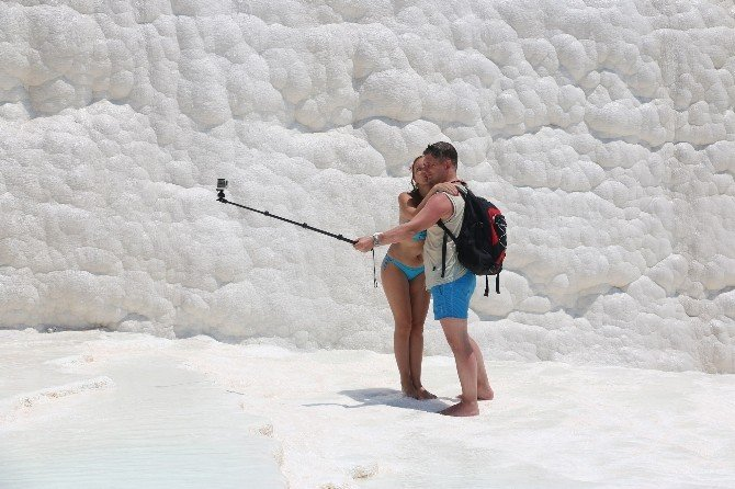 Pamukkale Turist Çekmek İçin Arayış İçinde