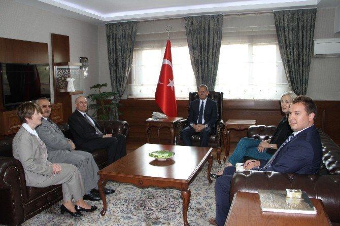 ABD Büyükelçi Yardımcısı Mendel'den Vali Taşyapan'a Ziyaret