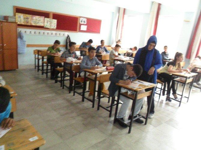 Gölbaşı İlçesinde Matematik Fen Olimpiyatı Yapıldı