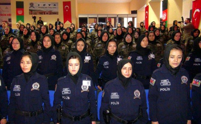 Afgan kadın polislerin eğitimi Sivas'ta başladı