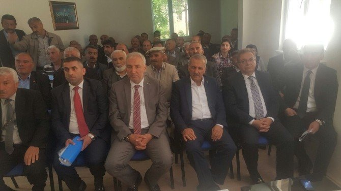 AK Parti Akçadağ İlçe Danışma Toplantısı Yapıldı