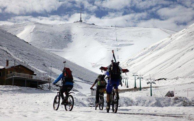 Mayıs Ayında Palandöken'de Kayak Keyfi