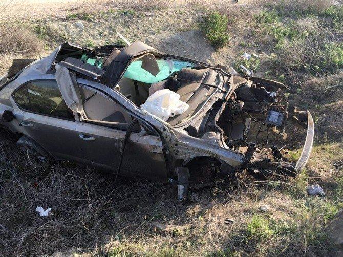 Çaldıkları Otomobil İle Kaza Yaptılar: 1 Ölü, 1 Yaralı