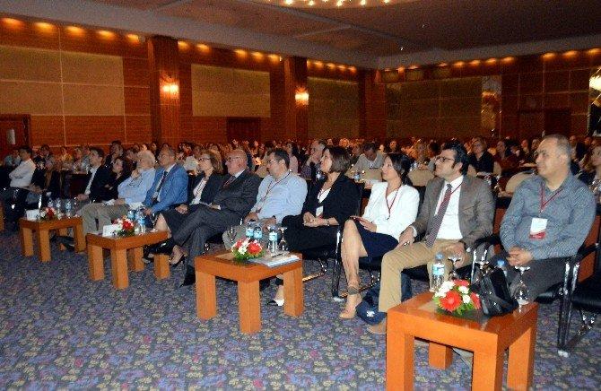 Sağlık Hukukundaki Güncel Yaklaşımlar Aydın'da Konuşuldu