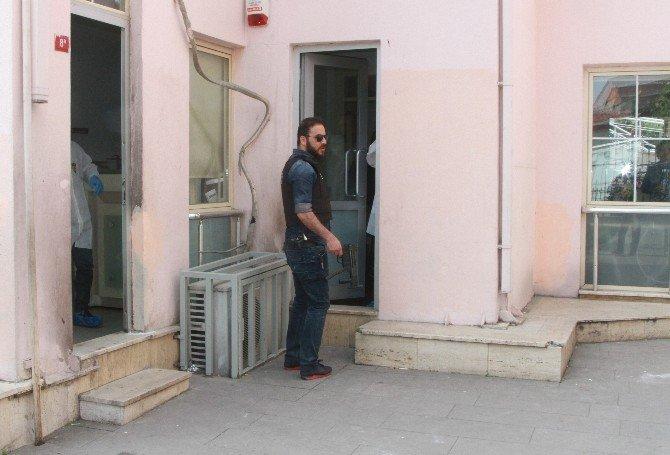 İstanbul'da Güpegündüz Silahlı Soygun
