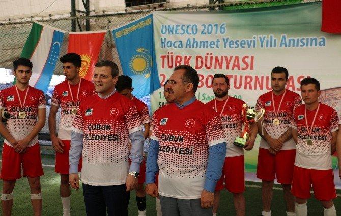 Çubuk'ta Ahmet Yesevi Anısına Futbol Turnuvası Düzenlendi