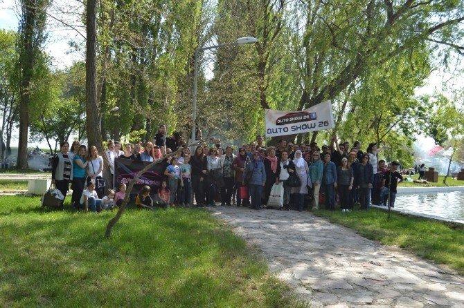 Otomobil Tutkunları 1 Mayıs'ı Farklı Kutladı