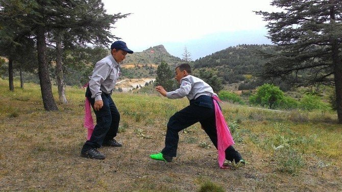 Hedef İzcilik Gençlik Ve Spor Kulübü, Yavrukurtlarıyla İzcilik Kampı Yaptı