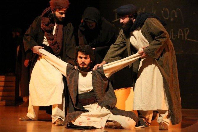 İlklerin Sahabesi Mus'ab Bin Umeyr Sahnelendi