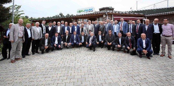 """Başkan Karaosmanoğlu, """"Muhtarlarımıza Değer Veriyoruz''"""