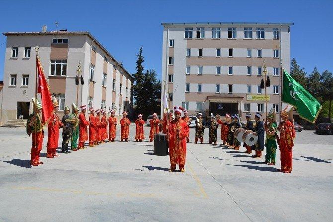 İmam Hatip Lisesi Öğrencileri Mehter Takımı Kurdu