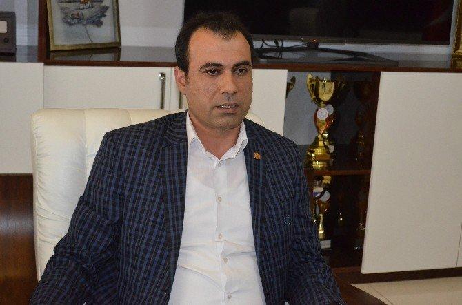 Gürkan, Milli Takıma Giren 3 Kuaförle Bir Araya Geldi