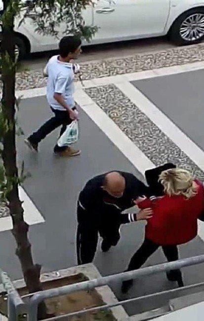 Marmaris'te Sokak Ortasında İlginç Kavga