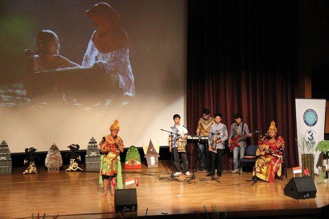 Uludağ Üniversitesi'nde Endonezya Rüzgarı