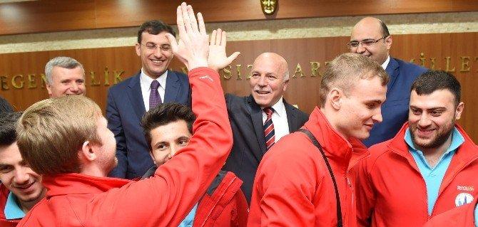 Şampiyon Termalspor'dan Başkan Sekmen'e Ziyaret