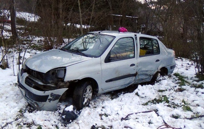 Sakarya'da trafik kazası: 5 yaralı