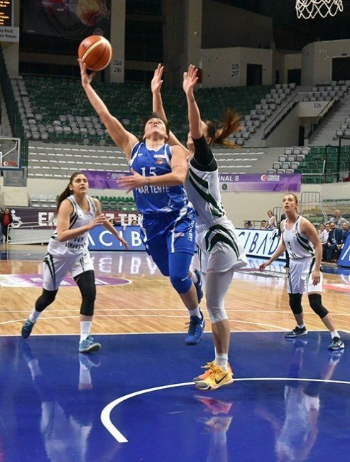 Bornova Becker Spor Federasyon Kupasına veda etti